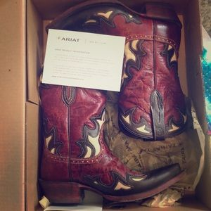 Ariat Red leather cowboy boots